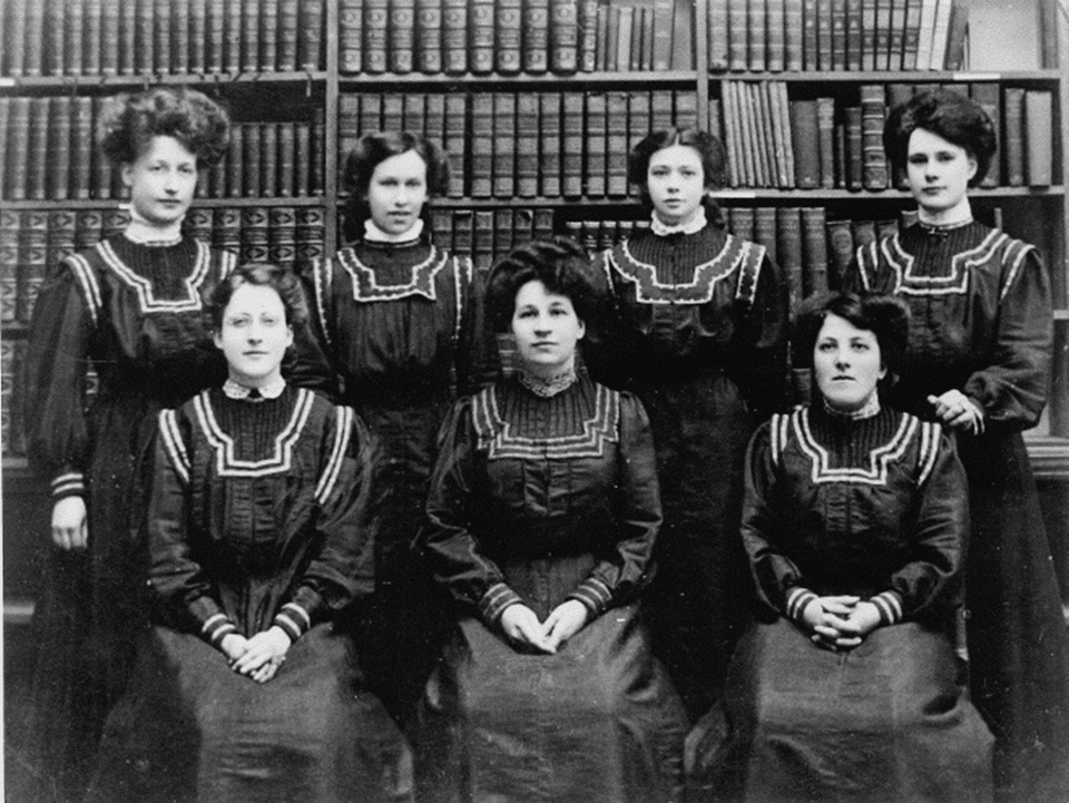 Worthing Library & Museum staff, c. 1910