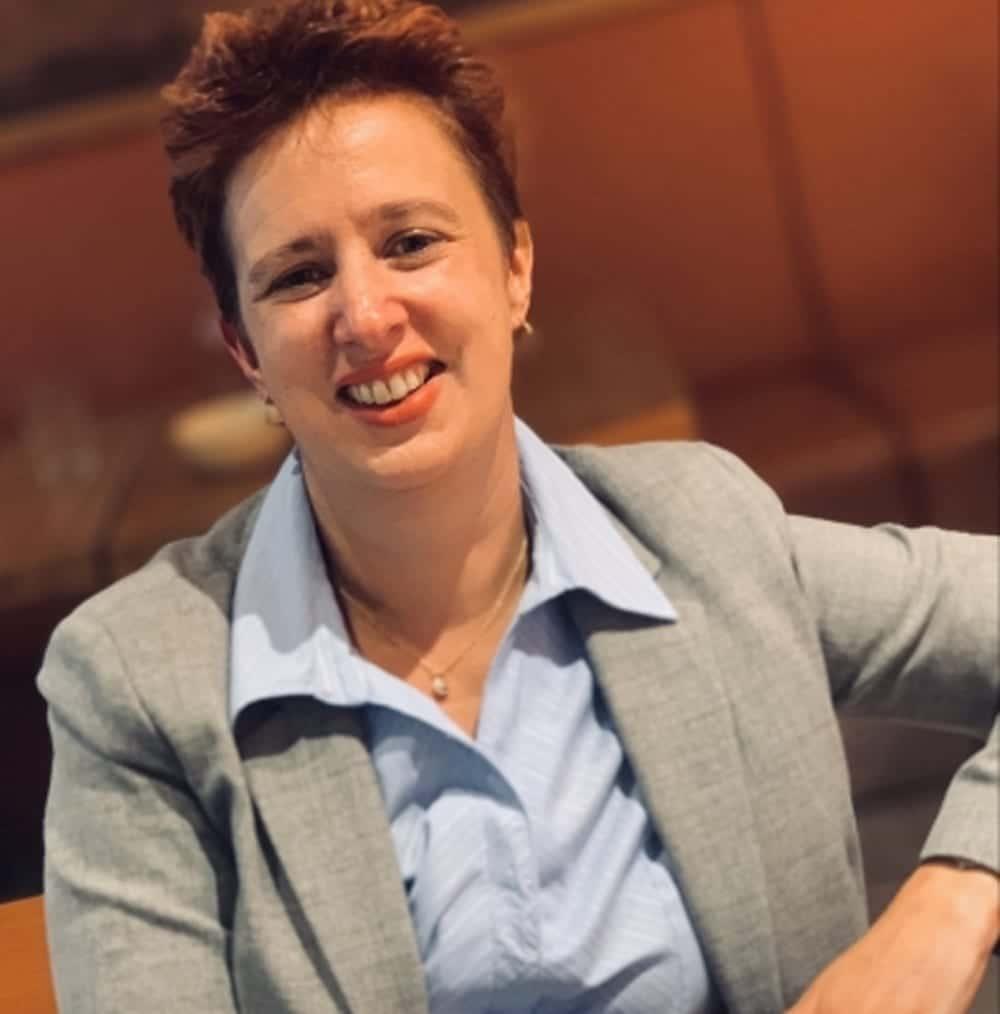Julie Kapsalis